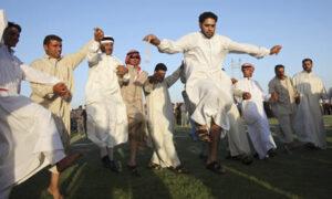 iraqis-celebrate-in-ramad-001